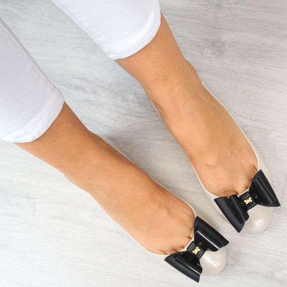 Beżowe baleriny gumowe z kokardką ZAXY POP BOW FEM 81998