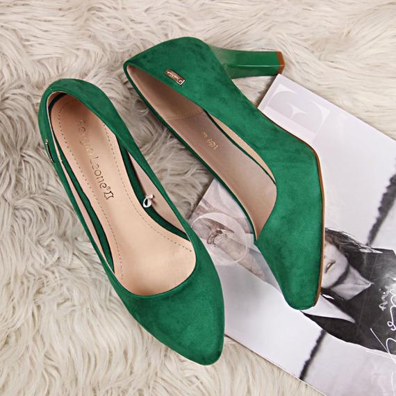 Czółenka zamszowe zielone Sergio Leone