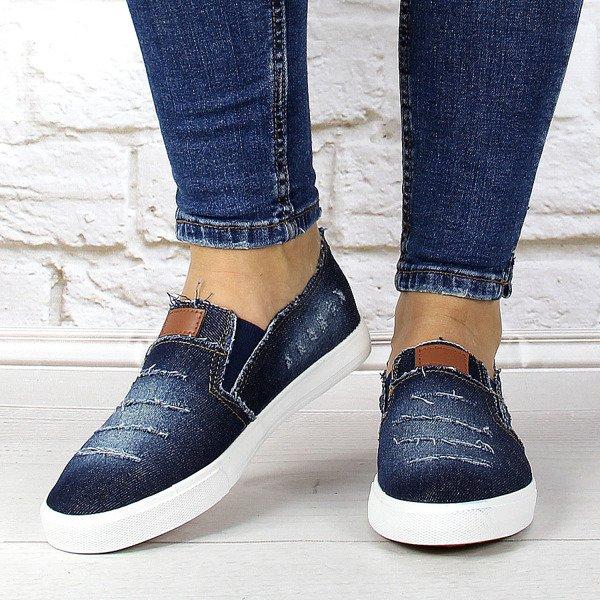 Granatowe tenisówki jeansowe z dziurami McKeylor