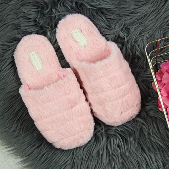 Kapcie domowe z futerkiem różowe Caramia