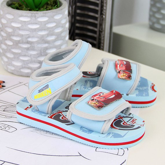Sandały chłopięce piankowe błękitne Auta Zygzak McQueen