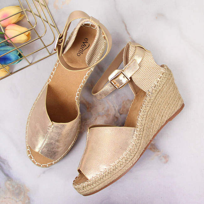 Sandały damskie espadryle na koturnie złote eVento