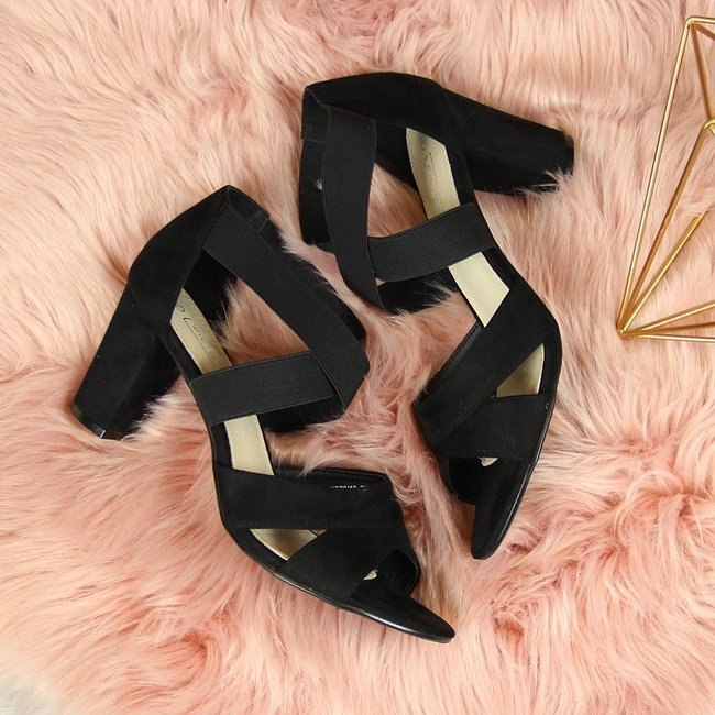Sandały damskie na gumki czarne Filippo