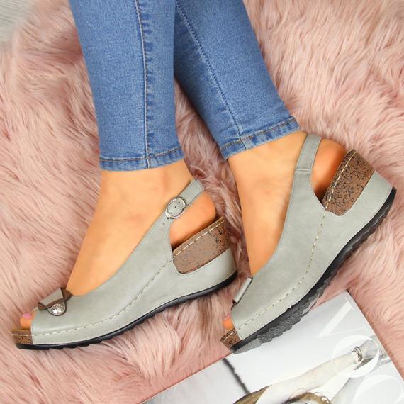 Sandały damskie na koturnie szare eVento