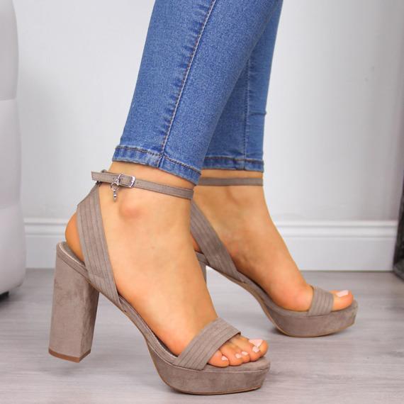 Sandały damskie na platformie beżowe Xti
