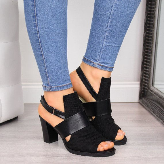 Sandały damskie na słupku czarne Jezzi