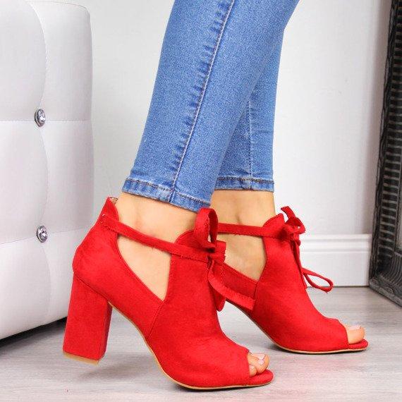 Sandały damskie na słupku zabudowane czerwone Vinceza
