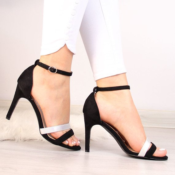 Sandały damskie na szpilce czarne Vinceza