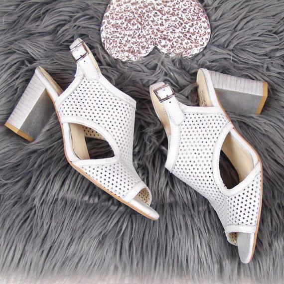 Sandały damskie skórzane ażurowe srebrne Juma