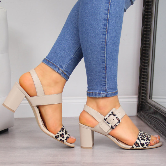 Sandały damskie skórzane beżowe Juma 2656
