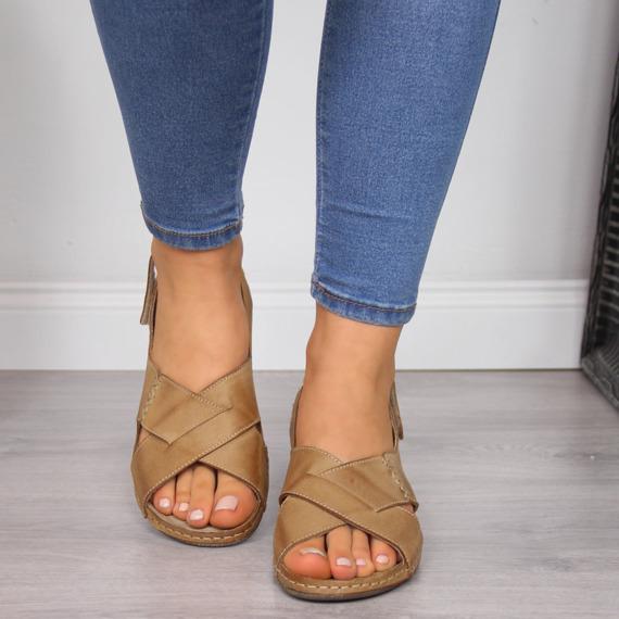 Sandały damskie skórzane na rzep jasny brąz Helios 229