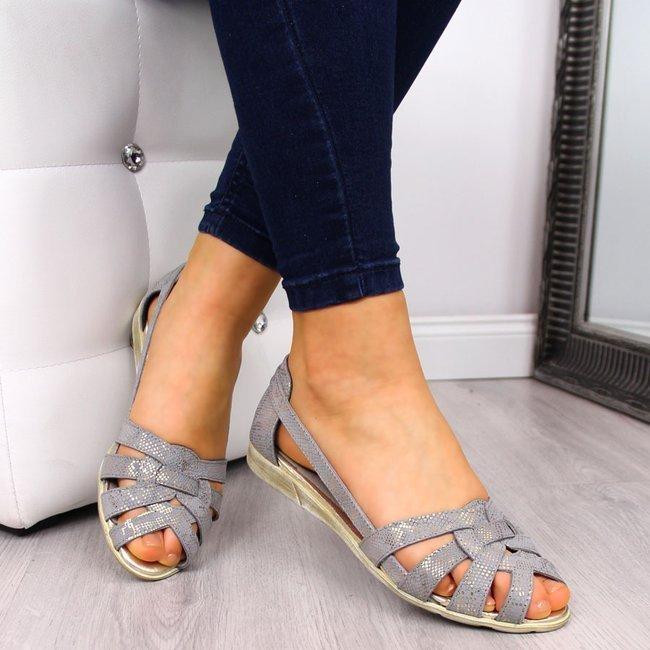 Sandały damskie skórzane wężowe szare Dolce Pietro
