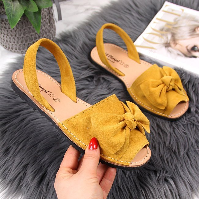 Sandały damskie skórzane z kokardką żółte El Pimpi