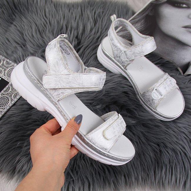 Sandały damskie sportowe na rzepy białe Rieker 66652