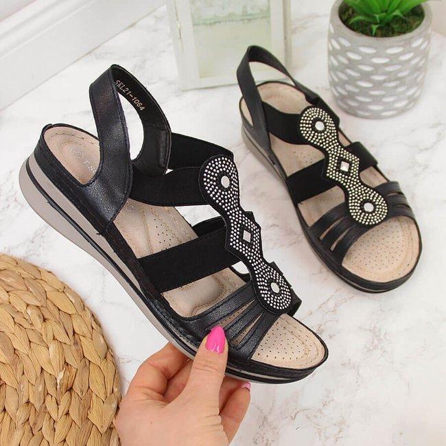 Sandały damskie wsuwane na koturnie czarne T.Sokolski