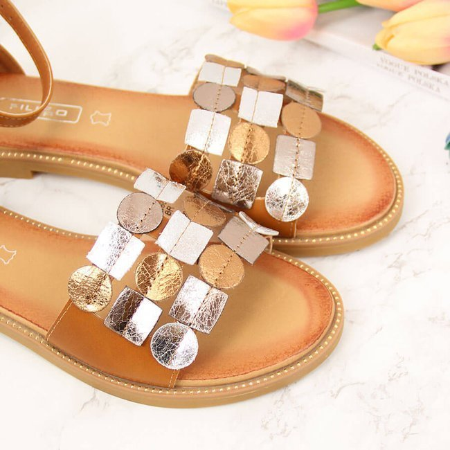 Sandały damskie z nitami brązowe Filippo