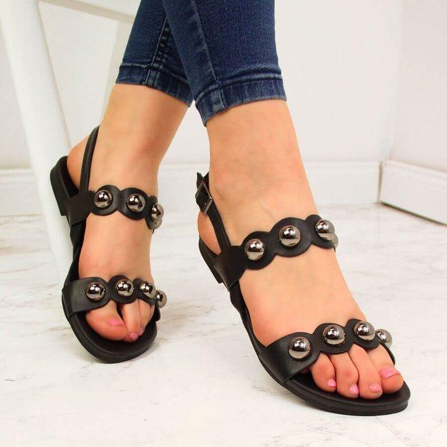 Sandały damskie z nitami czarne S.Barski