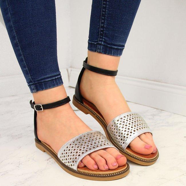 Sandały damskie z nitami czarno srebrne Filippo
