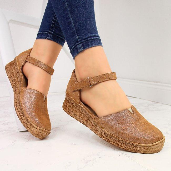 Sandały skórzane damskie na rzep brązowe Helios 345