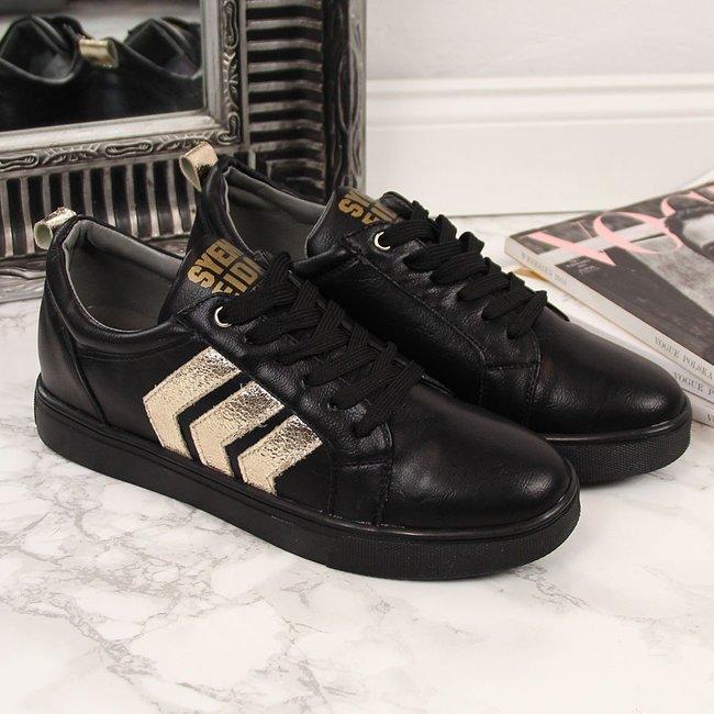 Sneakersy na koturnie czarne Jezzi