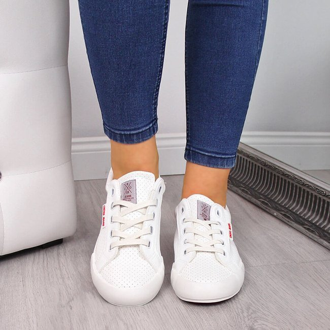 Trampki niskie ażurowe z eko skóry białe Cross Jeans FF2R4052C